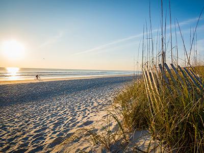 Lever du soleil sur la plage de Jacksonville en Floride